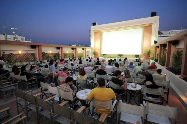 Localizado em Atenas, na Grécia, o Cine Thisio é uma cinema a céu aberto e é um dos mais antigos da cidade.